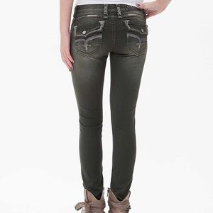 Rock Revival Eleanor Skinny Jeans!